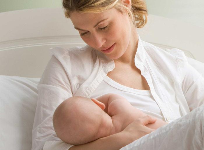 فواید شیر دادن برای مادر