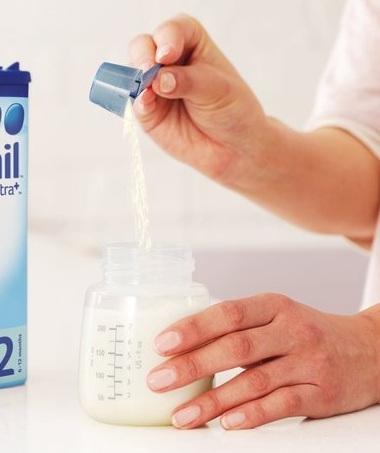 مقدار شیرخشک و تعداد وعده های تغذیه