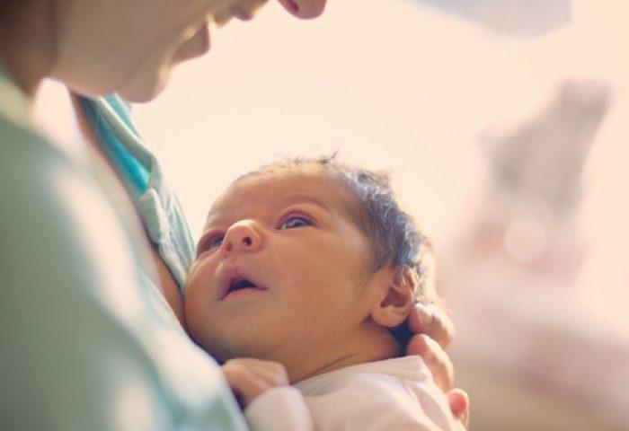 اعتماد به نفس والدین مراقبت از فرزند