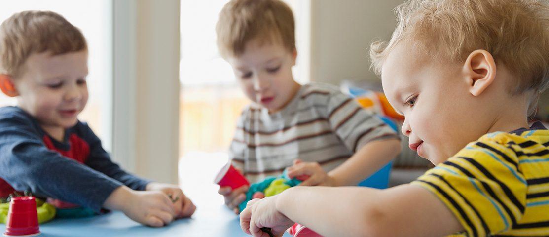 رشد اجتماعی کودک تا دوسالگی
