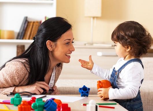 رشد-زبانی-کودک