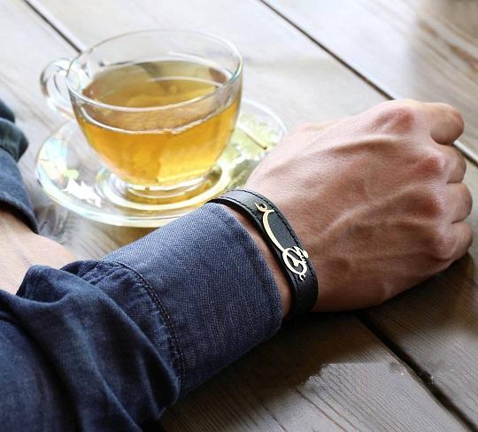 دستبند چرم طرح اسم